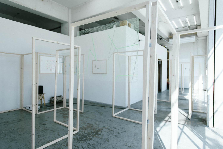 SINDEE -installation view-/2013年  Photo by Takehito Goto