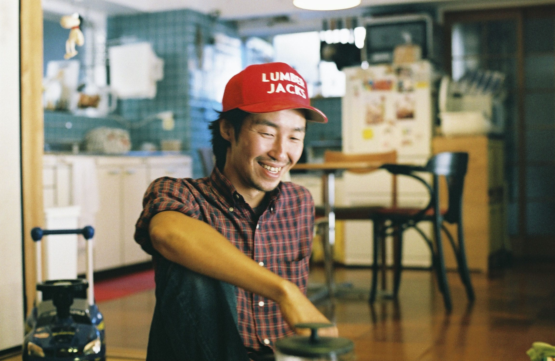 菅野大門さんが移住してきたことで、「クリエイティブビレッジ構想」が生まれた。坂本さんとともに「OFFICE CAMP」の共同運営者でもある。