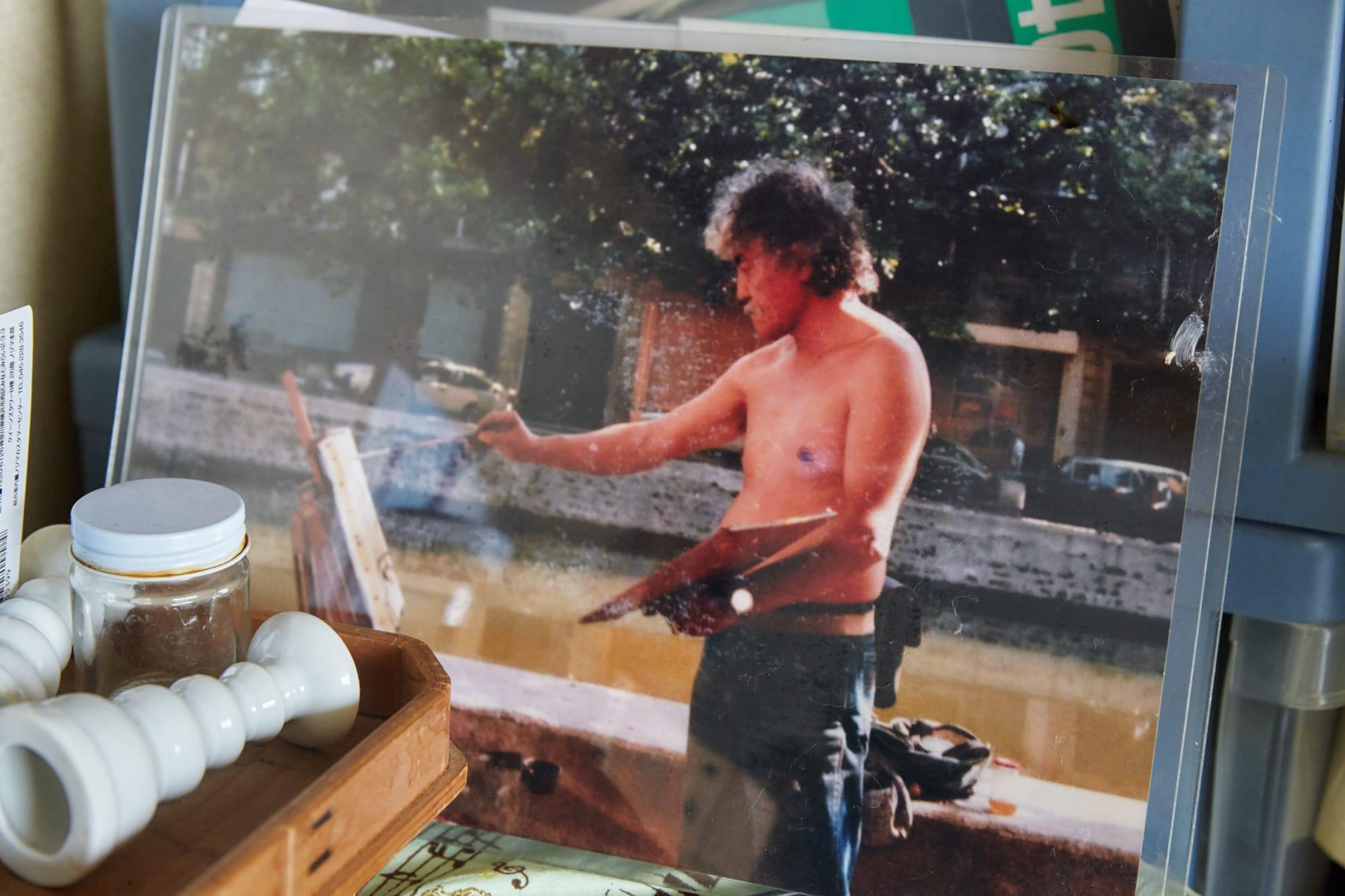 画家になりたい一心で、フランスへ旅立った頃の山川さん。