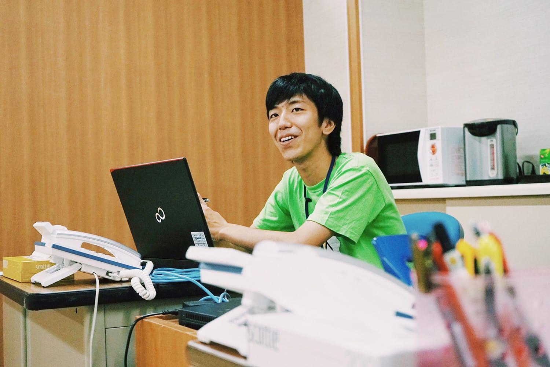 以前から珠洲のまちが好きだったという、新谷健太さん。今年の春に移住してきたばかり。