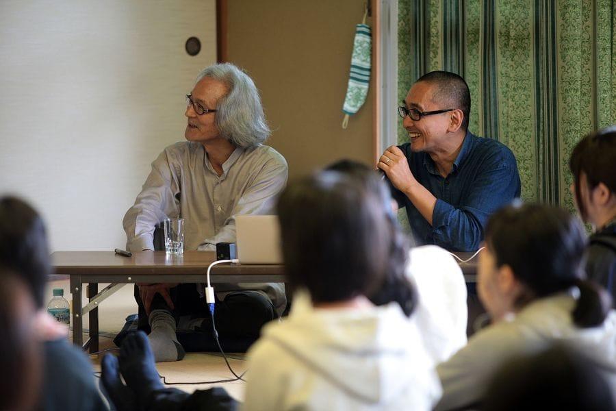 鮎喰川すまい塾 第2回、講師のランドスケープデザイナーの田瀬理夫さんと聴き手・西村佳哲さん。