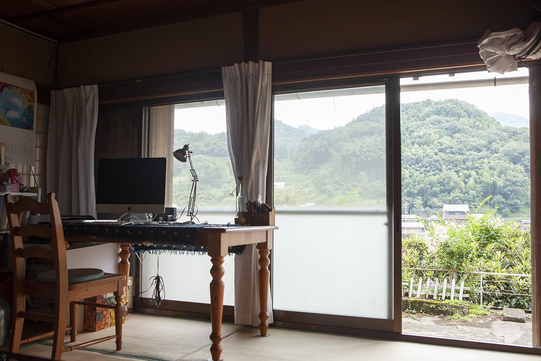 赤尾さんが生まれ育った神山の家。独立したときはここが事務所になりました。