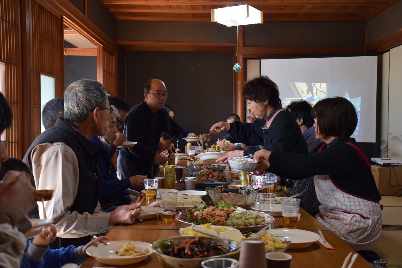 2018年1月31日、美濃加茂市三和町の廿屋地区で、空き家のリフォームを実際に体験するワークショップを開催。