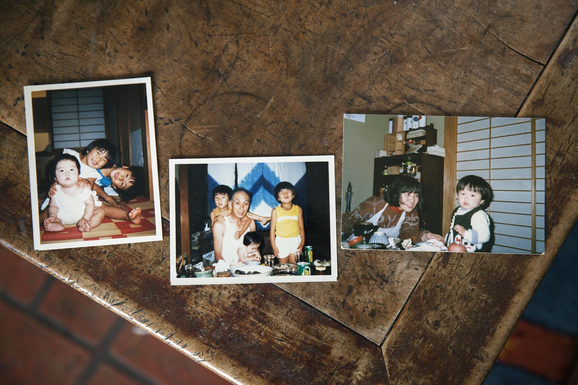 幼き頃の写真。右の写真が、林さんのおばあさまと林さん。