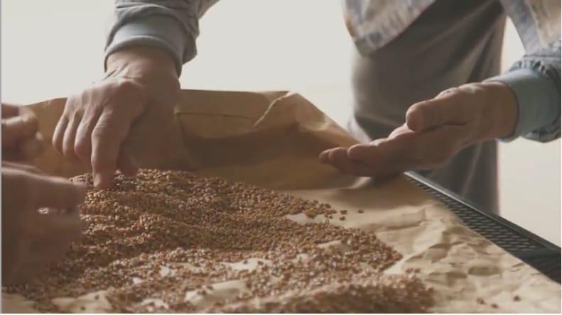 「神山つなぷろ #20 地元のパンをつくる」(YouTube)より