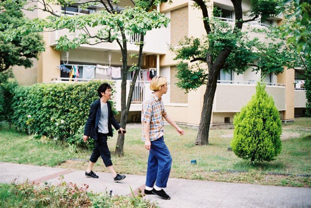 大森克己(写真家)×夏目知幸(シャムキャッツ)「浦安の団地のはなし」