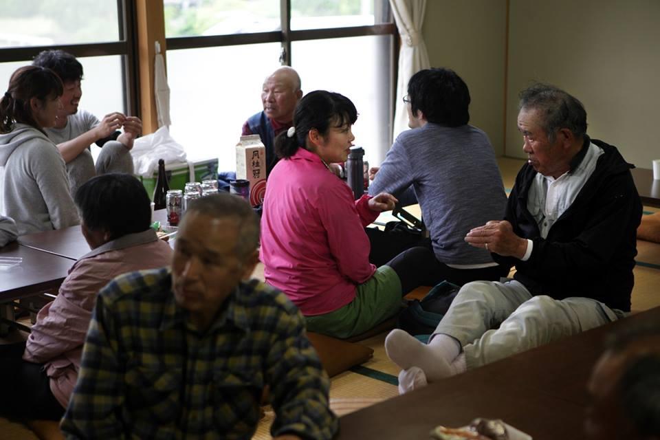 今年から「素人米」をつくることになった、江田の集落の恒例行事「五穀豊穣祈念の集い」にて。