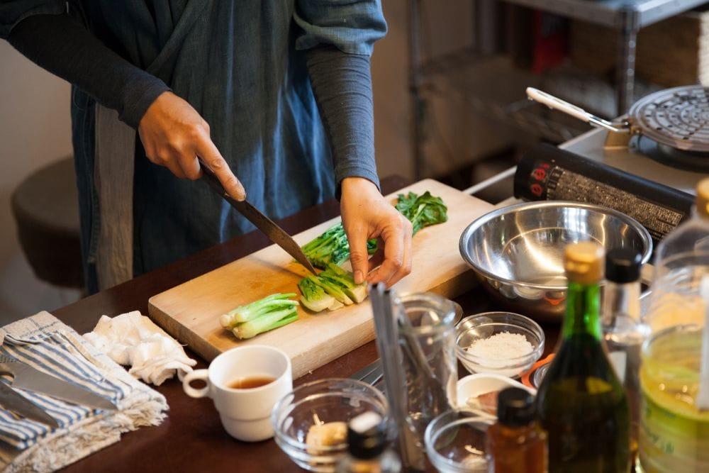 種を守り継ぐために。台所からできること。【奥津典子さん、根本きこ ...