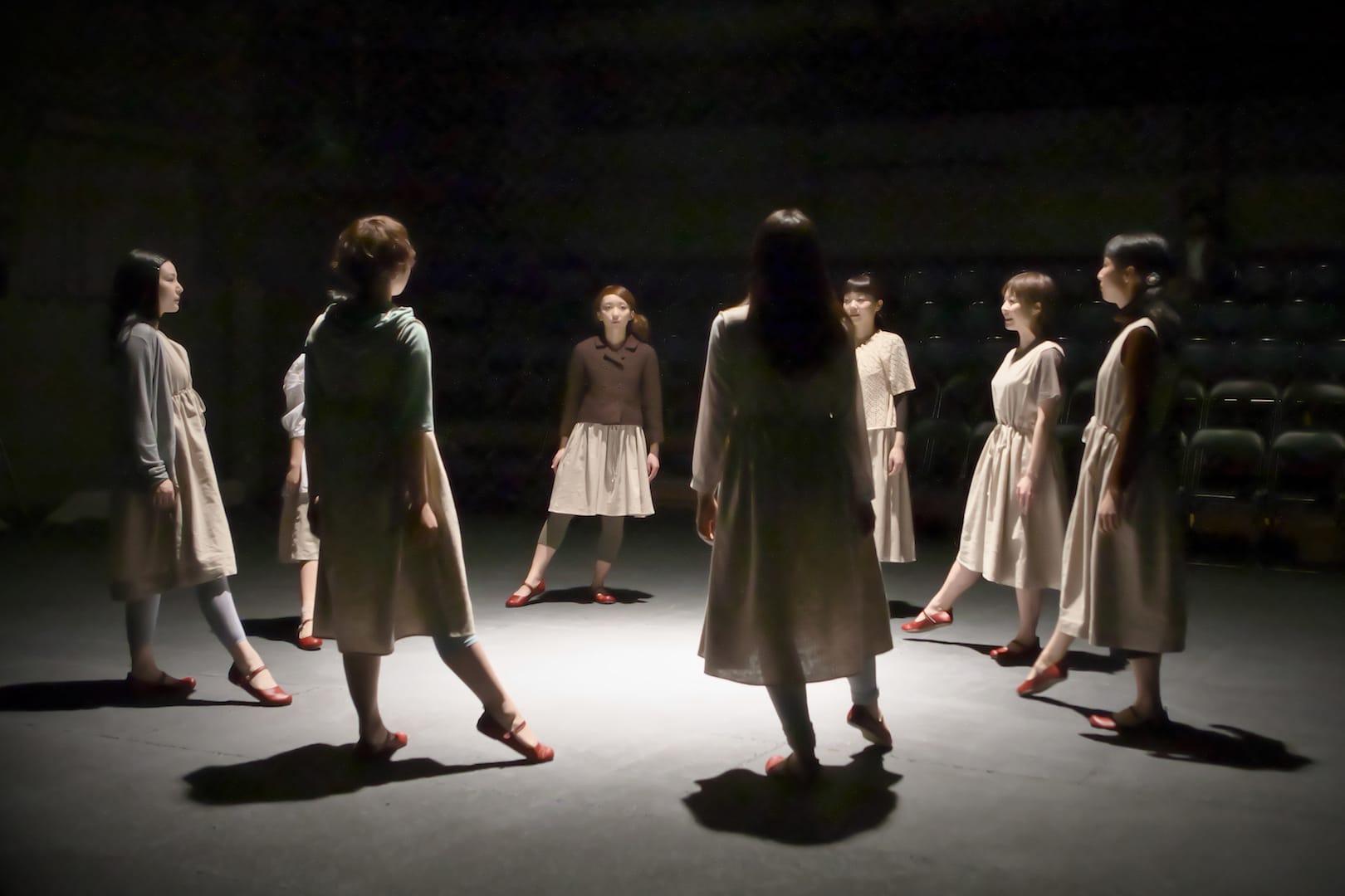 ままごと『あゆみ』(2011)撮影:青木司