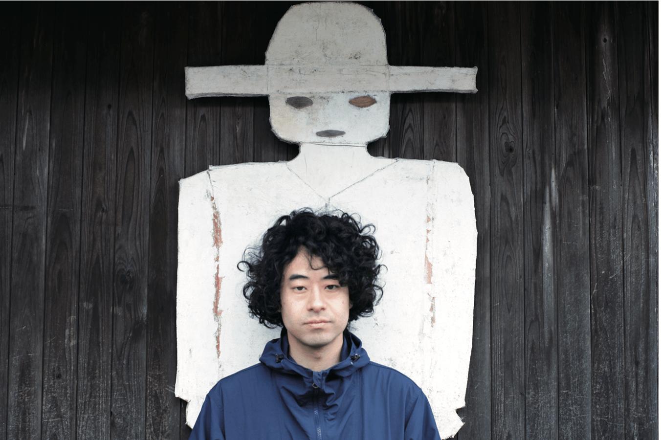 波田野州平(はたのしゅうへい)/鳥取県生まれ、東京在住。映画監督、映像作家。初長編映画『TRAIL』が劇場公開される。以降は現地調査を基に、フィクションとドキュメンタリーが渾然となった手法で『断層紀』や『影の由来』などの作品を、都市と辺境を往復して制作している。