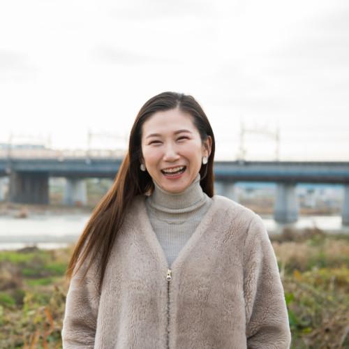 「歌」で故郷とつながり続ける人。  彼女の盆歌が、広野町に夏を告げる。